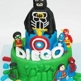 Torta Vengadores lego