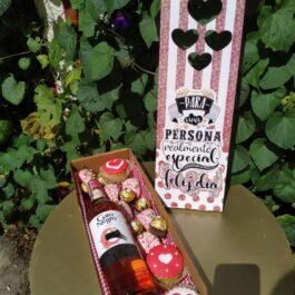 Caja caprichos con vino